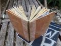 Notizbuch mit recyceltem Buchrücken in koptischer Bindung