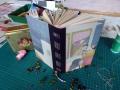 Notizbuch mit recyceltem Buchrücken und mehrlagiger Rückenstichbindung